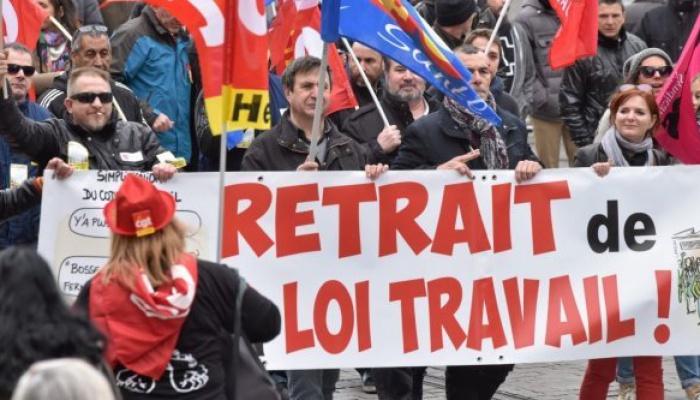 La Francia Paralizada Por Huelgas